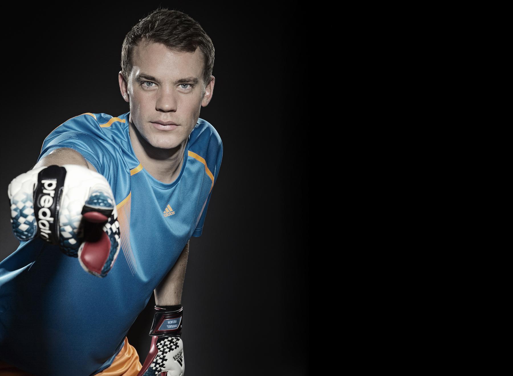 People, Sport, Manuel Neuer2.ipad