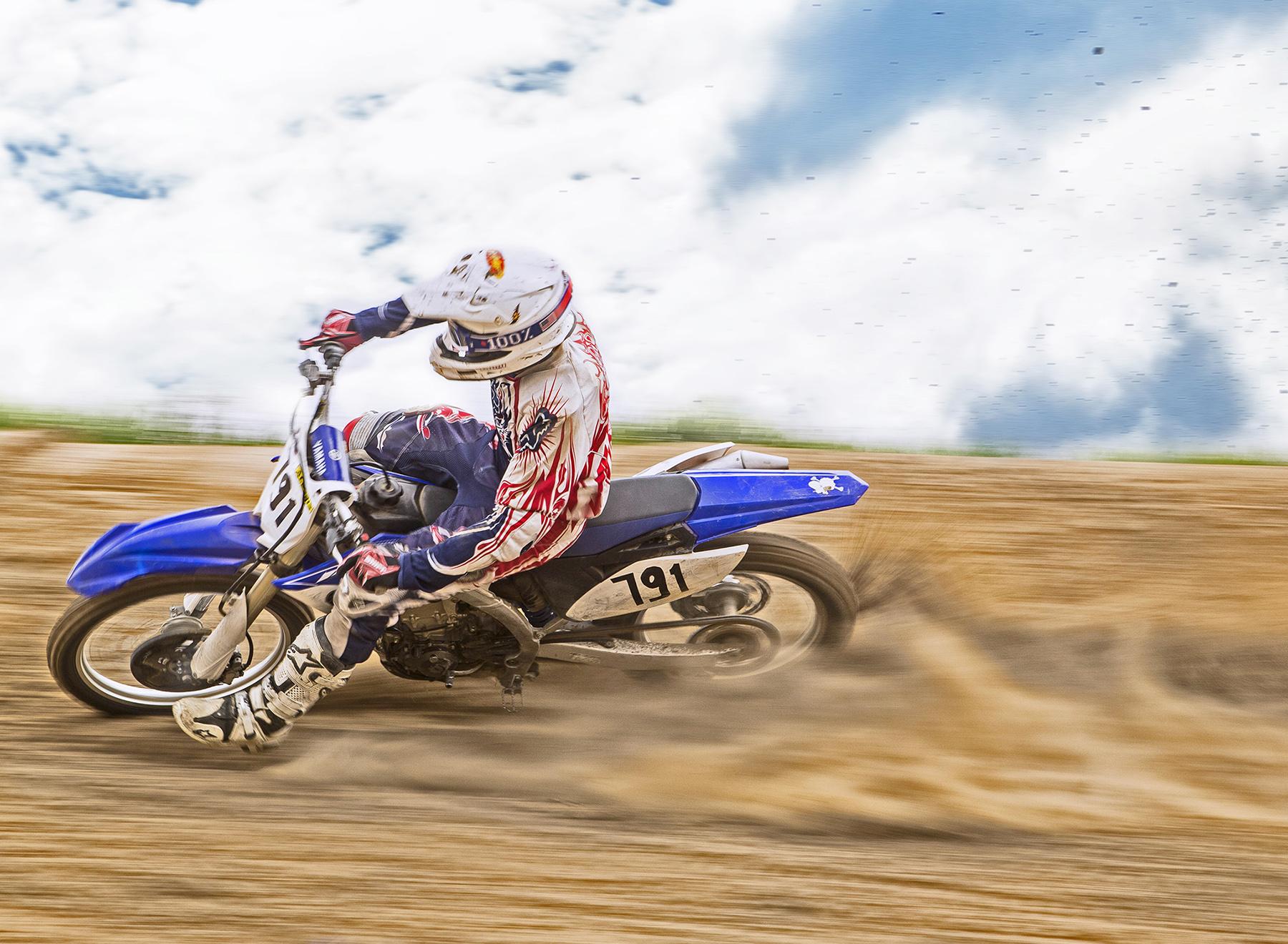 06.GinTonic-Motocross-Christoph-Gramann