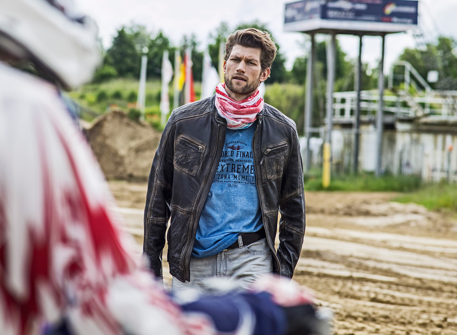 11.GinTonic-Motocross-Christoph-Gramann
